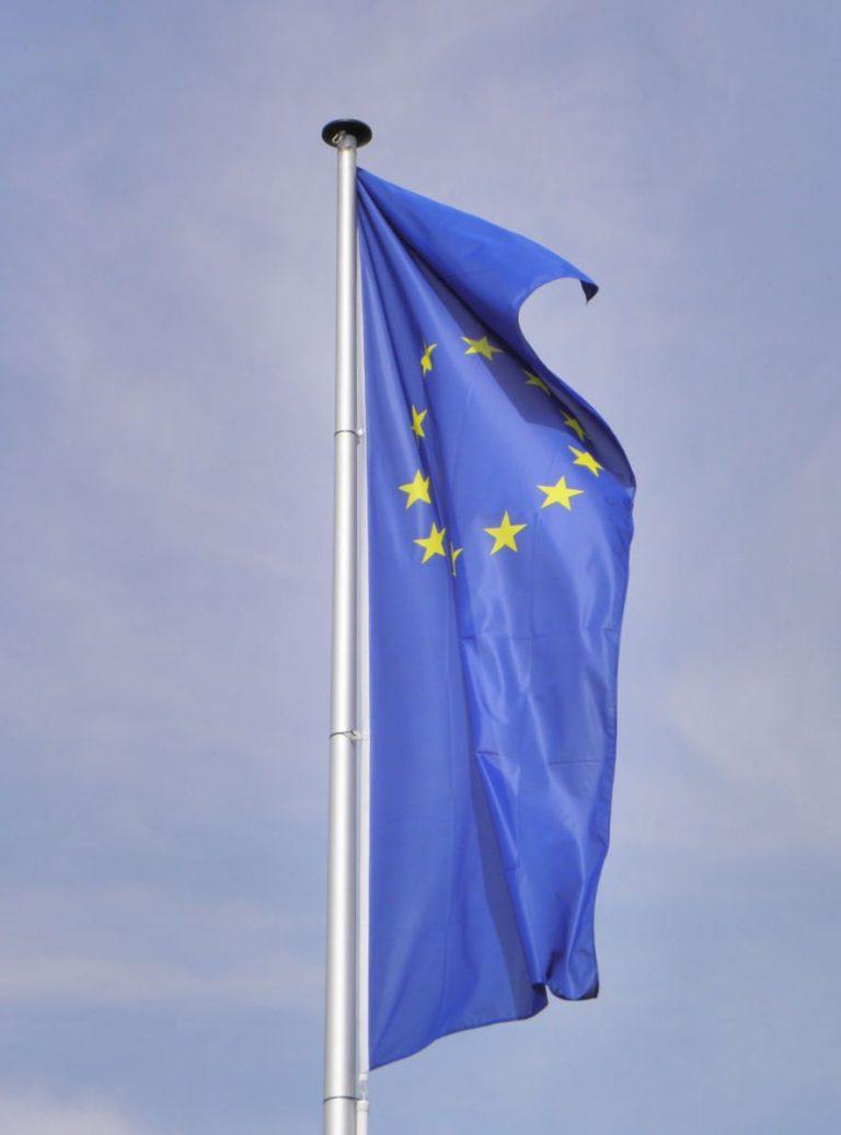 Europese Commissie: overbrug verschillen in toegang tot sociale bescherming tussen werknemers en zelfstandigen/anders werkenden